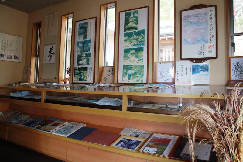 敦盛蕎麦屋店内の一ノ谷合戦の資料展示